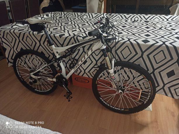 Bicicleta Scott spark como nova