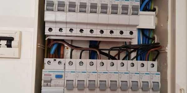Eletricista urgente ao domicilio