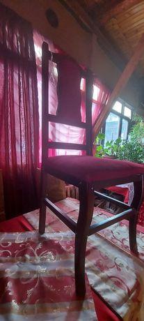 Стулья  и чехлы  на  стулья