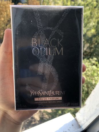 Духи женские Yves Saint Laurent Black Opium