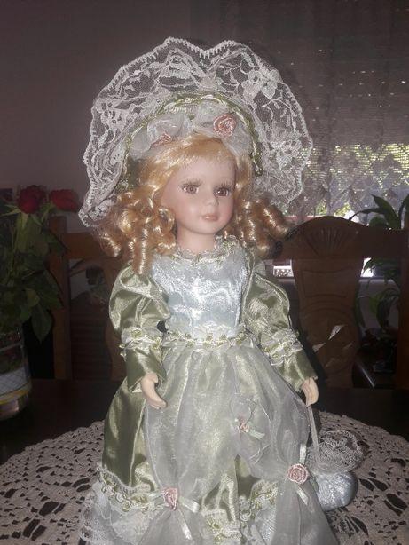 Lalka porcelanowa 40cm. (423)