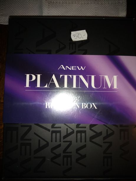 Anew Platinum lifting Regiment Box Avon