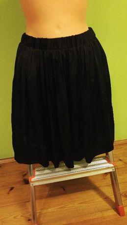 Plisowana spódniczka czarna zakładki szkolna