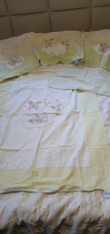 Pościel dziecięca 135x100  oraz ochraniacz na łóżeczko komplet +gratis