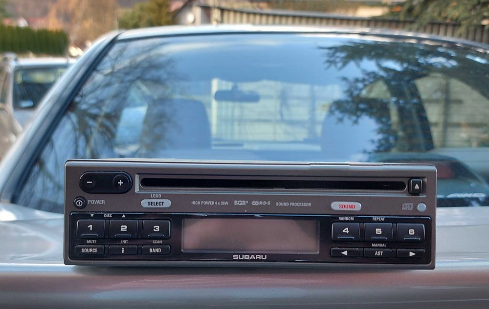 RADIO Subaru Impreza 05-07 Stan kolekcjonerski Nowy Targ - image 1