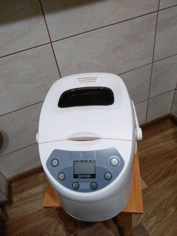 Хлебопечка GORENJE BM900W