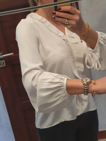 Elegancka bluzka koszula jasnokremowa