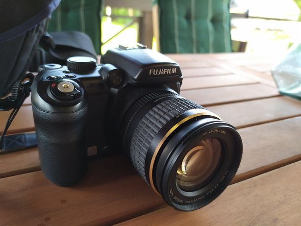 Aparat Fujifilm s9600. Stan bardzo dobry!