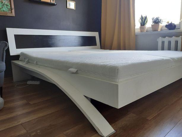 Łóżko do sypialni 180x200 plus stelaż oraz materace