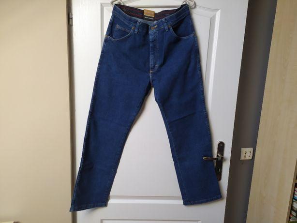 Jeansy Wrangler regular fit, W32 L30, granatowe (3 sztuki)