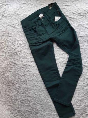 NOWE Spodnie r.128 Palomino jeansy Nowe z metką