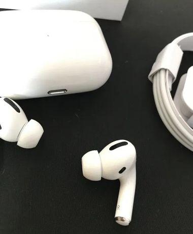 Продаю Apple AirPods Pro по супер цене!) лучший выбор наушников)