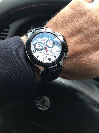 Продам 100% оригенальные часы Tissot T-Race Quartz Chronograph