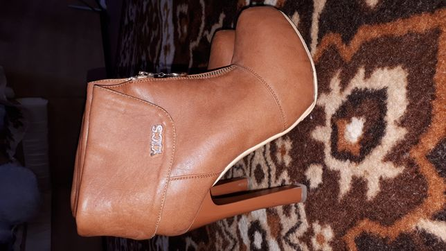 Ботильоны, ботинки на каблуке