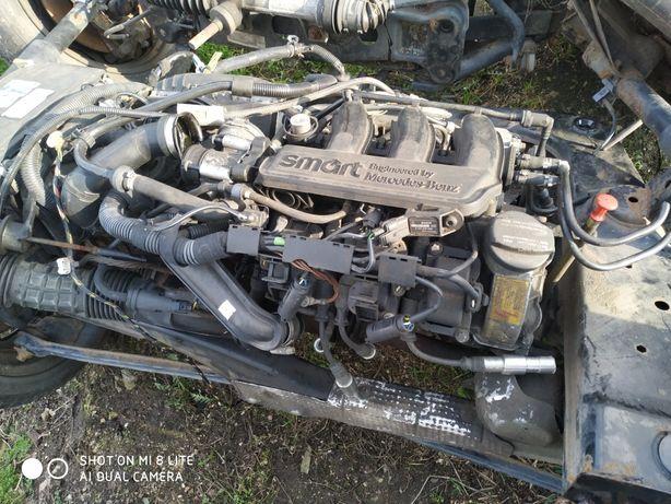 Silnik Smart 0,6turbo uszkodzony cały na części.