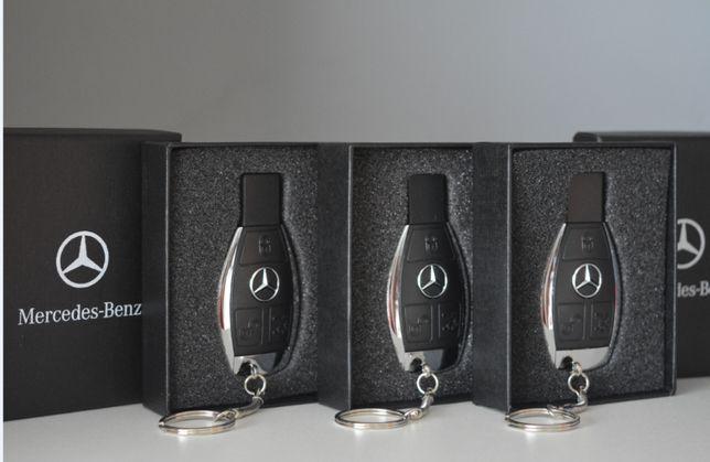 Флешка USB ключ мерседес 32GB Audi Mercedes Benz + подарункова коробка