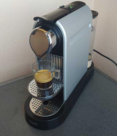 Máquina Café Nespresso KRUPS