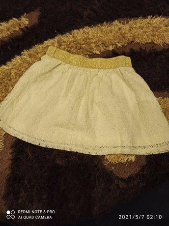 Biała koronkowa spódniczka 92