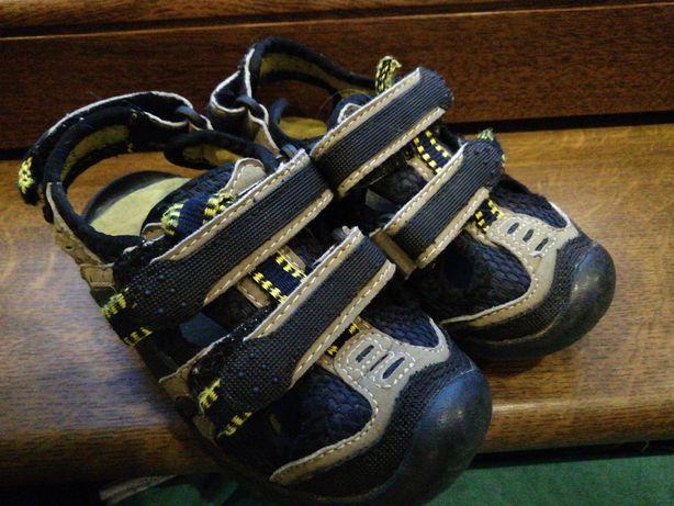 Sandalki