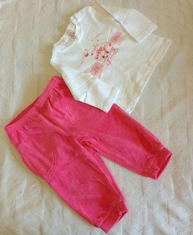 Набор для девочки: штанишки и кофточка