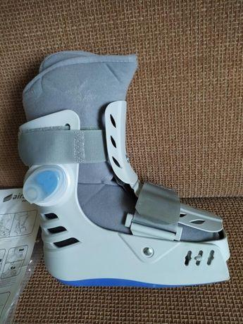 But ortopedyczny krótki typu Walker 35-37 Airstep