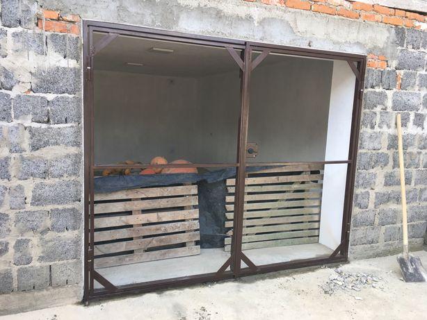 Двері гаражні