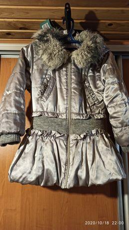 Курточка на девочку 7-9 лет
