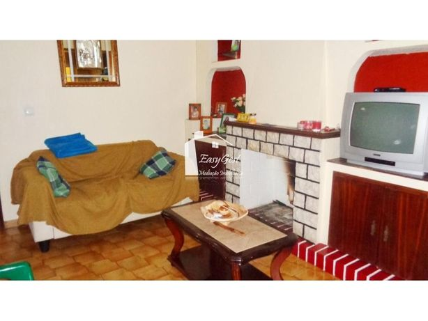 Apartamento T2 em Aljustrel