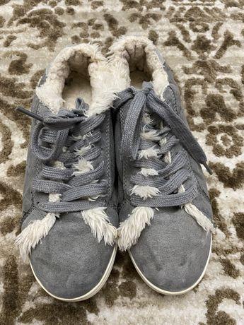Зимові кросівки,Кеди!