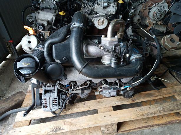 Двигун , мотор фольцваген Т4 . 2.5