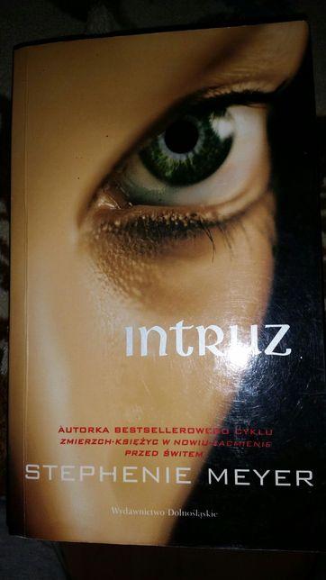 Intruz Stephenie Meyer