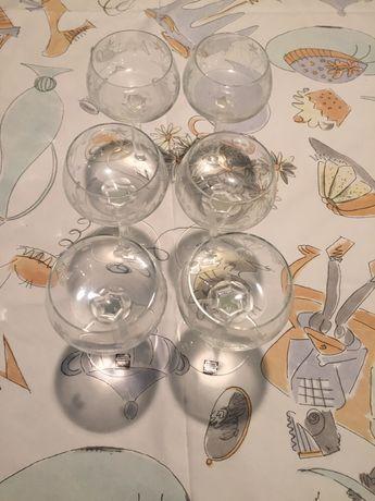 Stare kryształowe kieliszki do wina recznie wykonane
