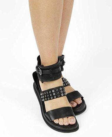 Nowe skórzane czarne sandały A.S.98 r. 42