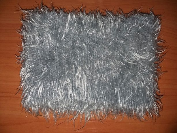 Повязка на голову из травки. Теплая повязка. Зимняя повязка.