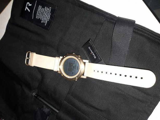 SUUNTO zegarek Gold
