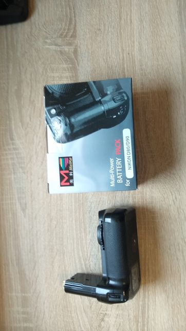 Grip / dodatkowy uchwyt do lustrzanki Nikon D90 lub innych