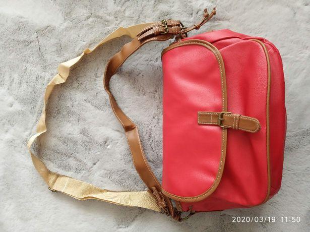 Nowa czerwona torba - torebka miejska - stan bardzo dobry