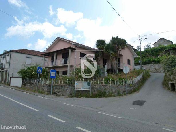 Moradia Isolada T4 na freguesia de Vila Maior (S. P. do Sul)