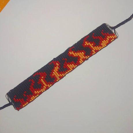 Браслет с огнём из бисера, огненный браслет