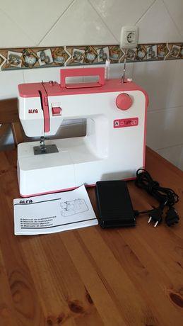 Máquina de costura Alfa - NOVA