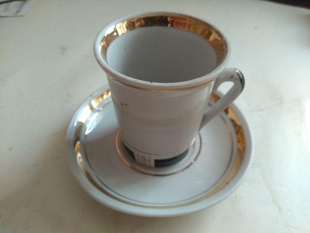 Набір горнят для кави з блюдцями