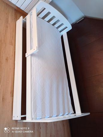 Łóżko dziecięce z szufladą + materac