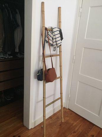 Toalheiro escada em bambu