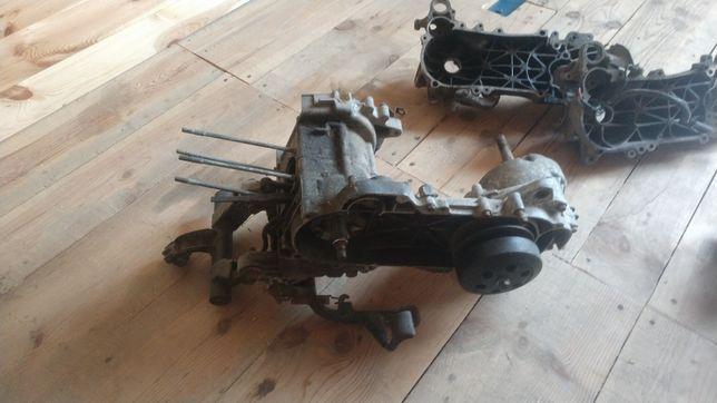 Продам картера двигателя Китай скутер