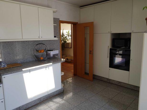 Moveis de cozinha com ou sem eletrodomésticos