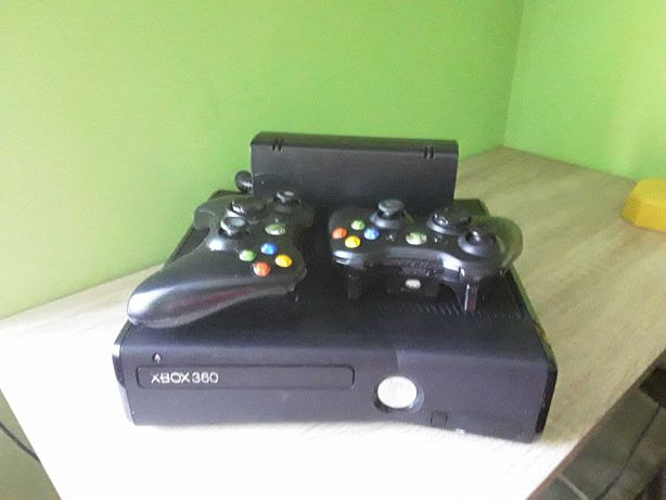 Xbox 360, Kinect, dwa pady