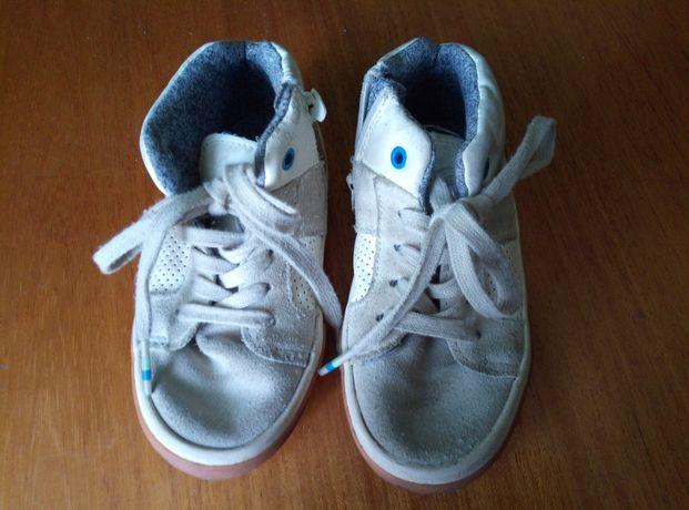 Кросівки (черевички)