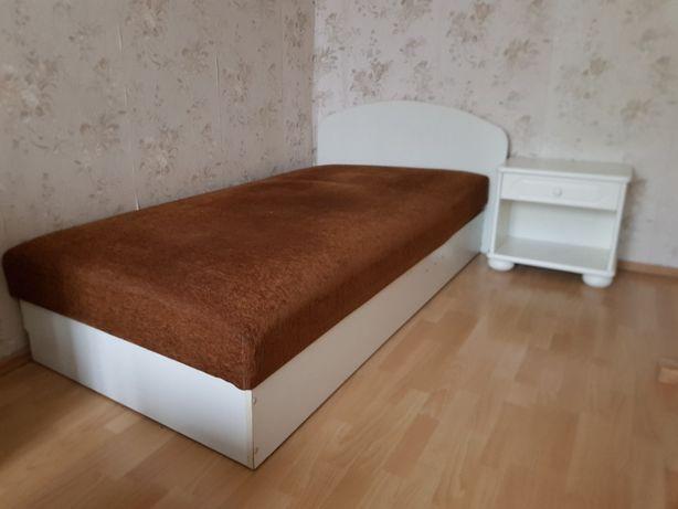Oddam za darmo - białe łóżko z pojemnikiem na pościel