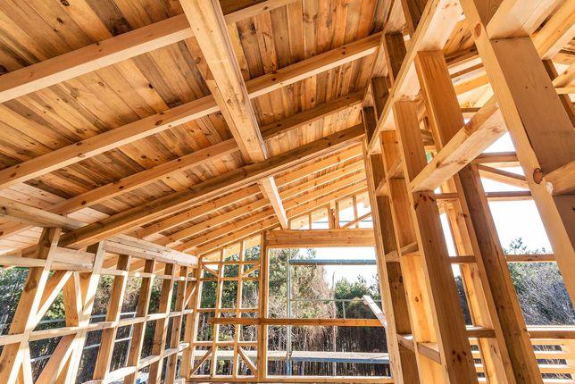 Budowa domów szkieletowych drewnianych, prace wykończeniowe