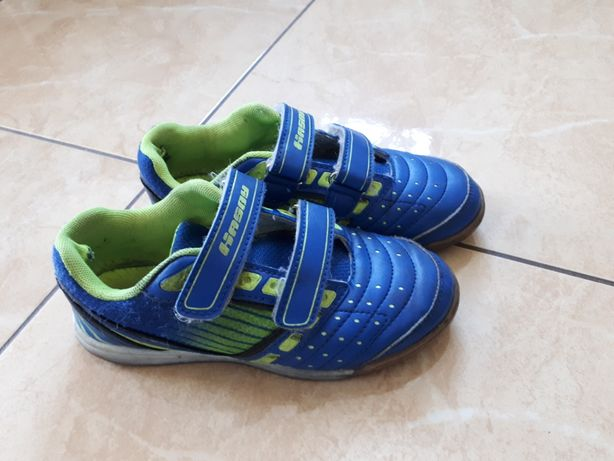 Sprzedam halówki Hasby, buty sportowe, adidasy